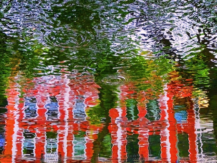 MoArt Urban Reflections 89